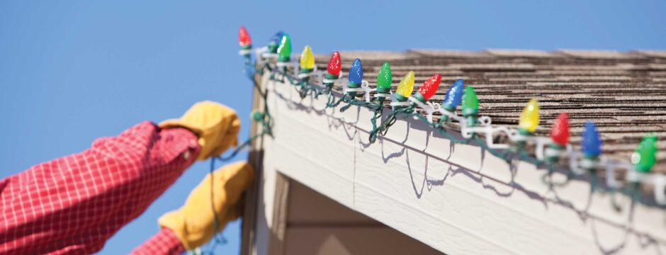 Remove Outdoor Holiday Lights Safely