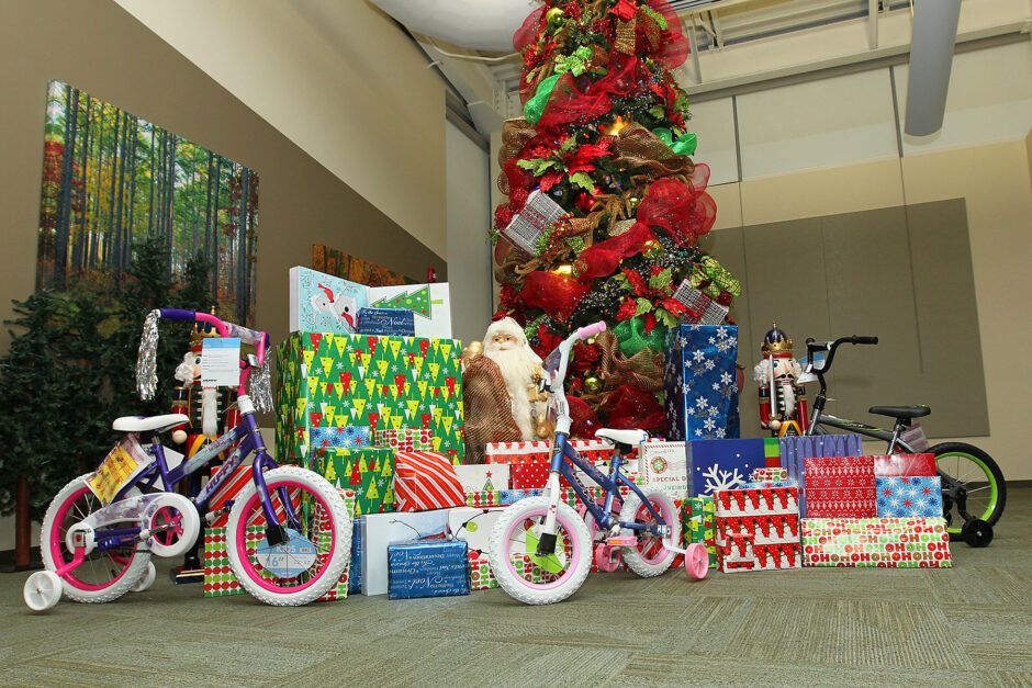 Cooperative Employees Help Brighten the Holidays for Local Family